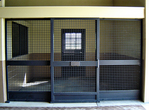 High Stall Front 7: Stall design with crosshatch mesh top and bottom; wide center rail; and bedding guard.
