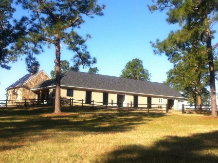 Southern-Pines-Barn