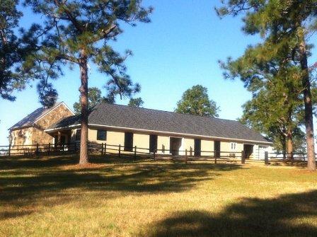 Southern-Pines-Barn